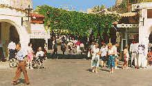Gasse in der Altstadt von Rhodos
